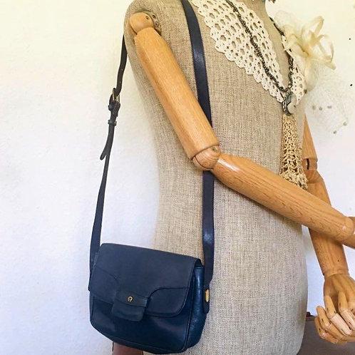 Vintage 1970s Etienne Aigner Leather Shoulder Bag