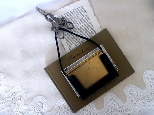 1940s-50s Vintage Volupté Goldtone Vanity Case / Compact Case