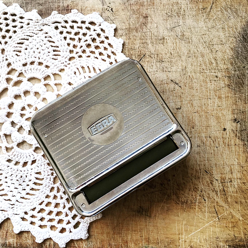 Classic Automatic Cigarette / Tobacco Rolling Case