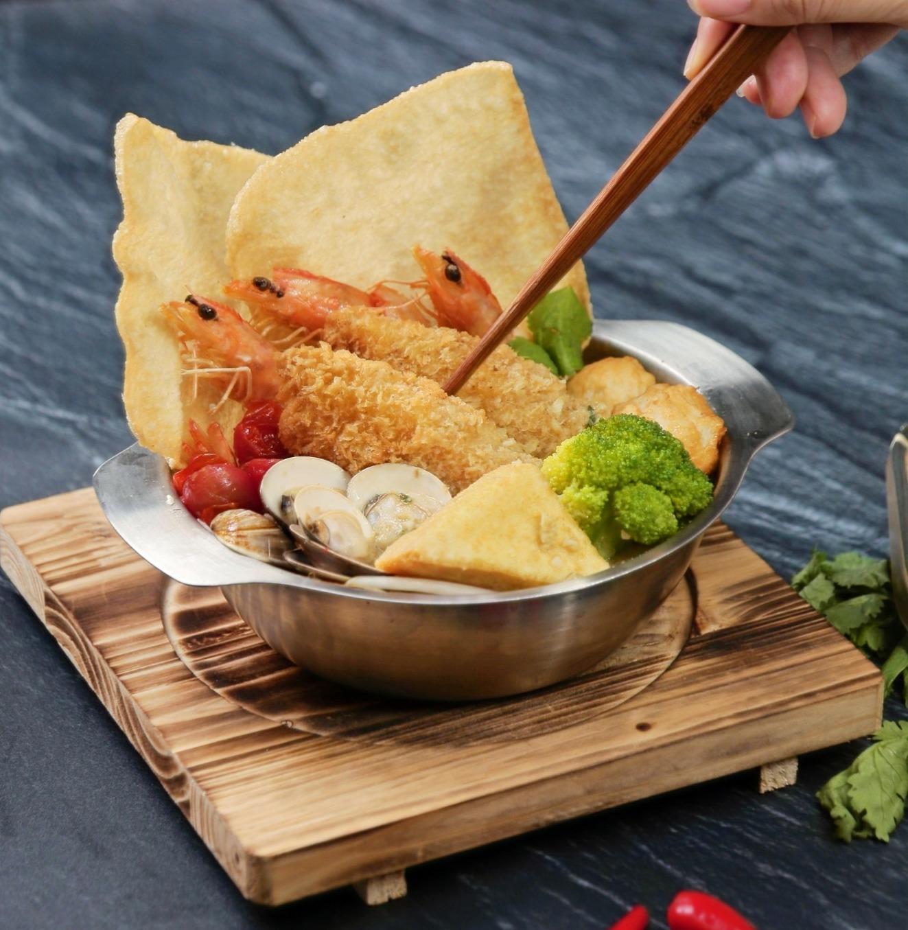 椰香咖哩海陸麵