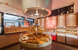 Dazzling Bakery