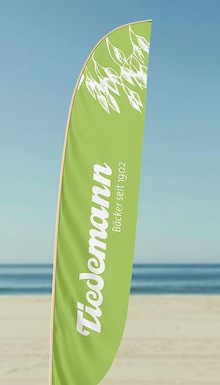 Tiedemann_Beach-Flag.jpg