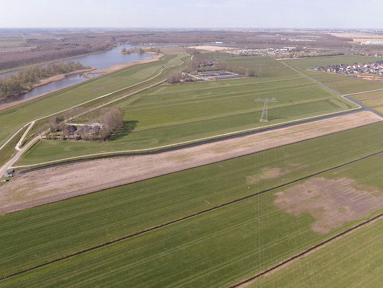 Drone vanaf Oosten.jpg