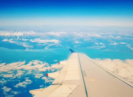 TRAVEL TIP - Airplane Etiquette!