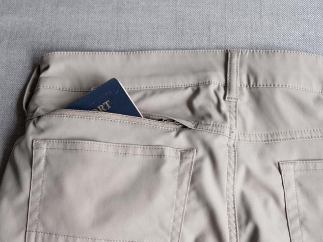 Ascender Rear Hidden Pocket 2