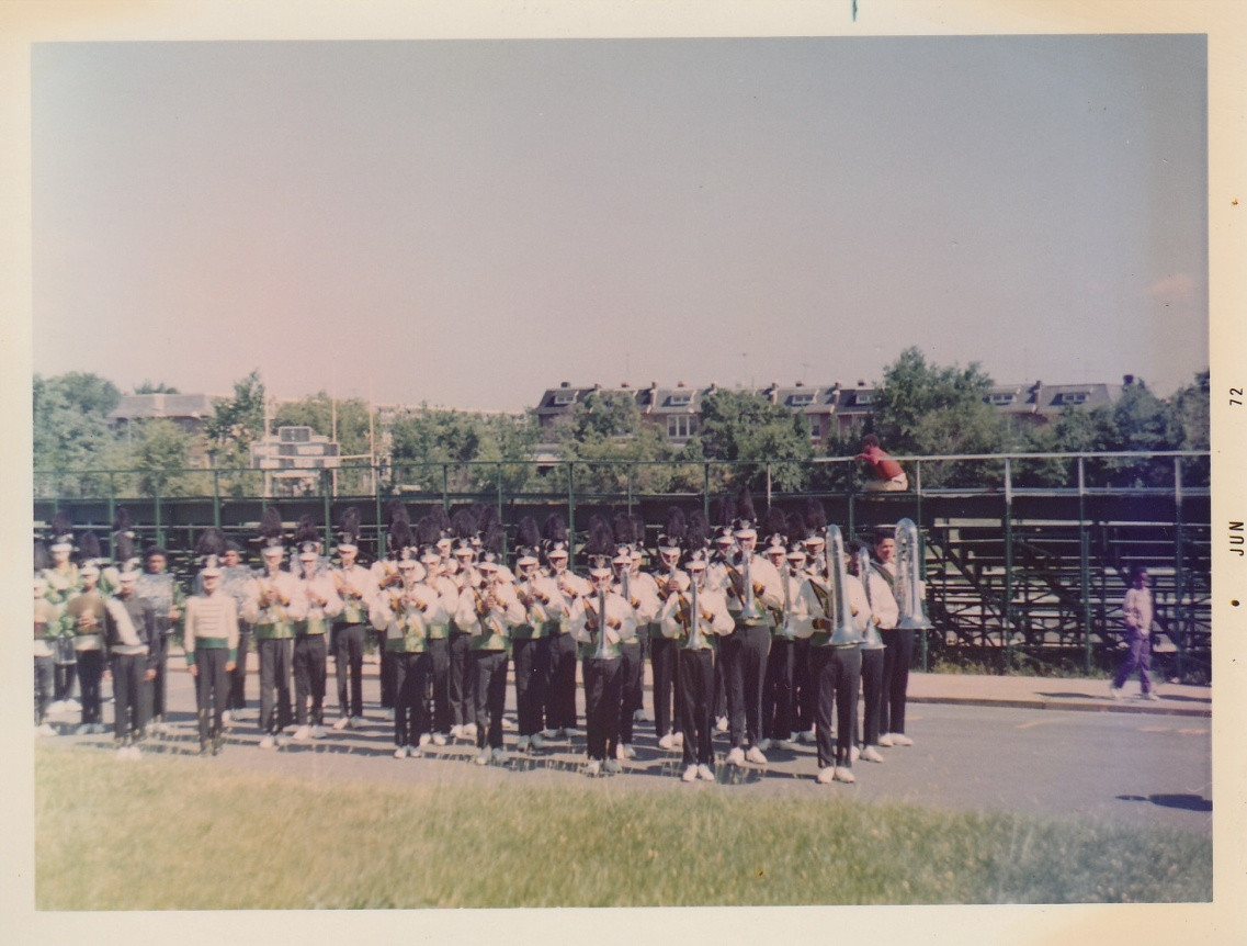 VIPS 1972 posing before a Competition