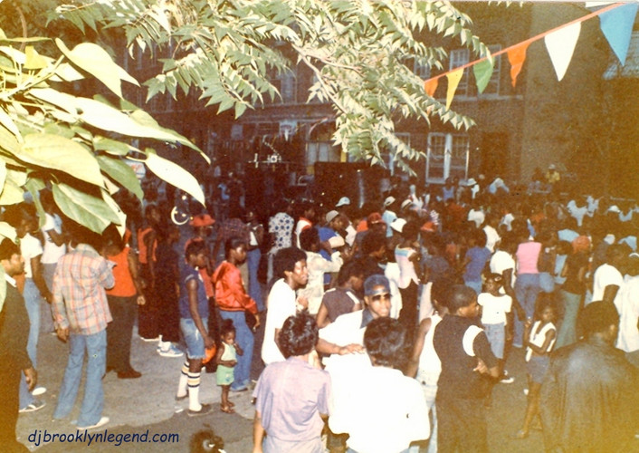 Block Party MacDonough St 1978.jpg