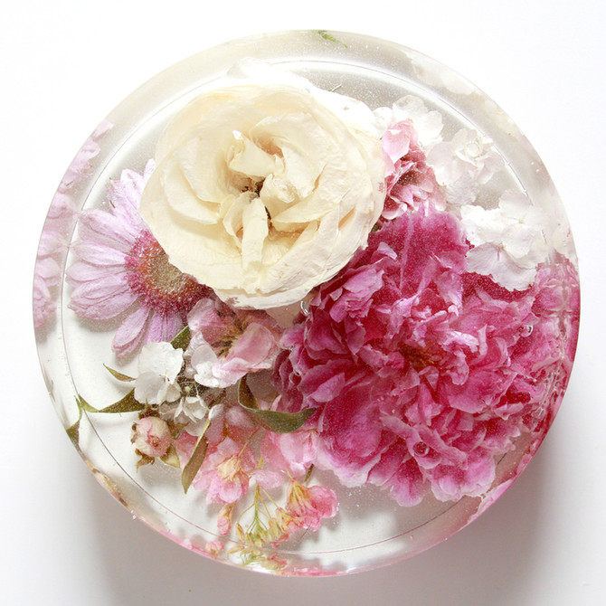 Floral Preservation in Resin