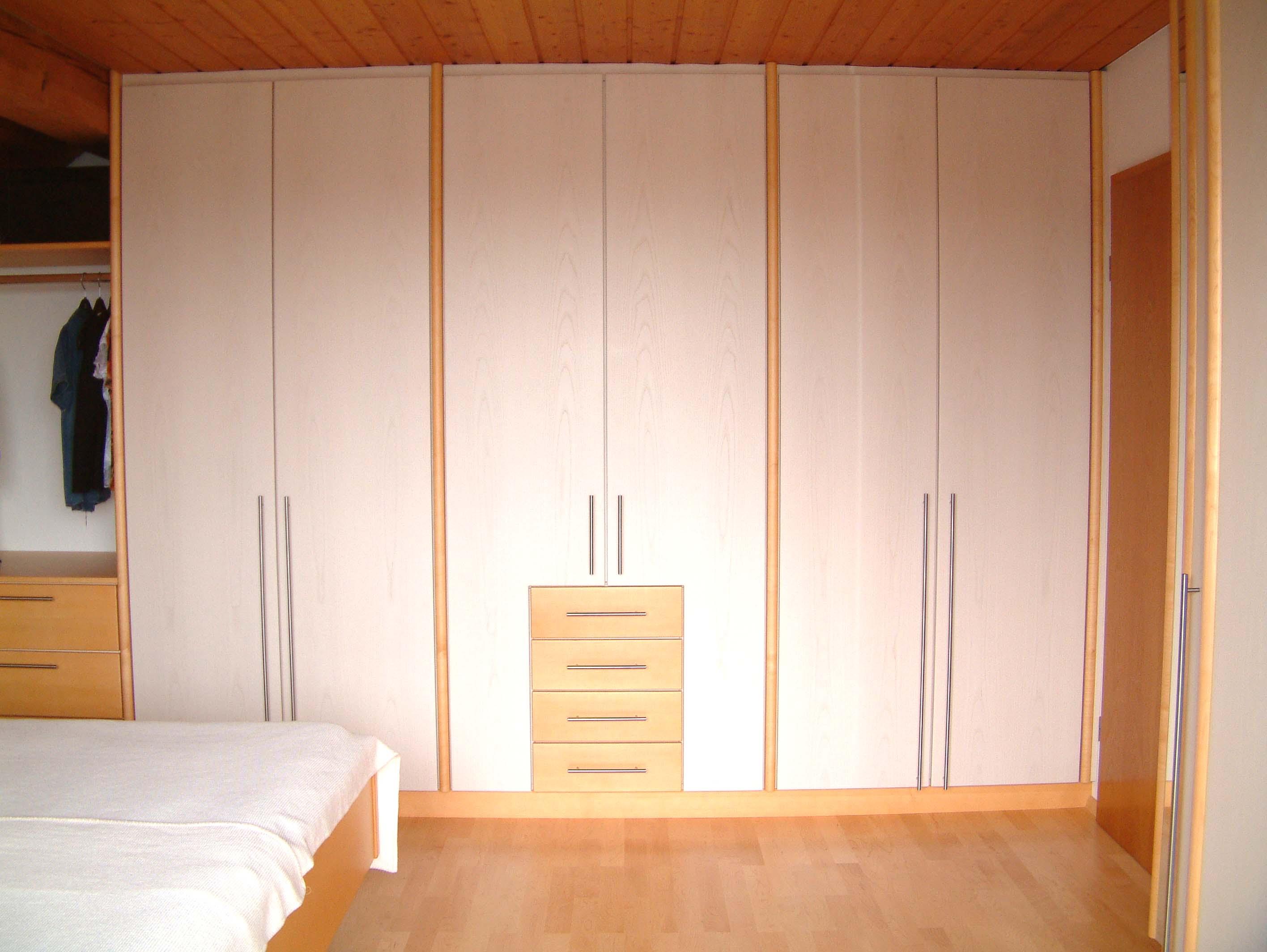 Schlafzimmer (19).jpg
