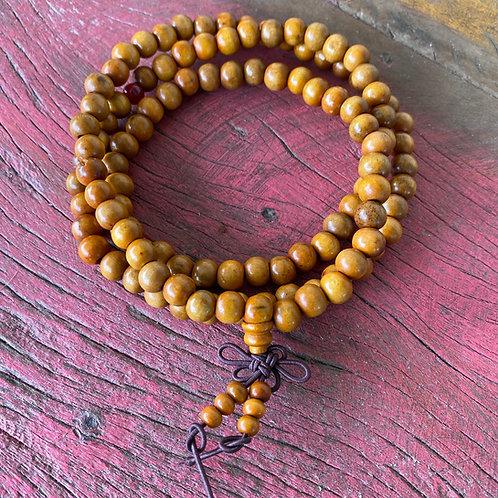Japamala 108 contas de madeira  amarelada Yoga