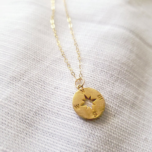 Golden Compass  16k Gold Plated Charm   Accent Chain