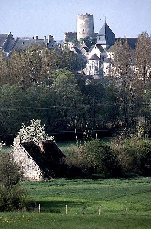 Image Chatillon Tour +Verdure 2