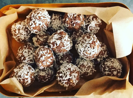 Raw Cacao and Coconut protein balls