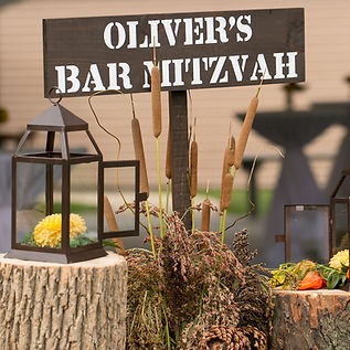 Sign for Oliver's Bar Mitzvah a huntin themed event planed by North Shor Wedins an Events based in Winnetka, Illinis