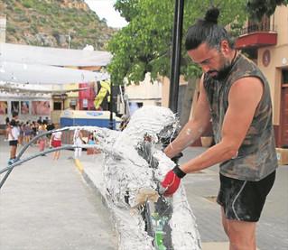 Escultura y danza se suman a la celebración del MIAU de Fanzara
