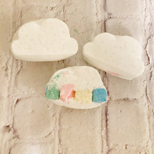Cloud Bath Bombs with Colorful Surprise