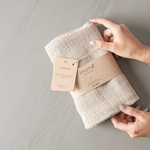Avernakø Linen Towel (natural)