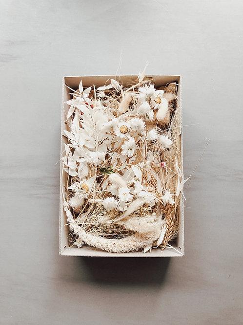 DIY dried flower box