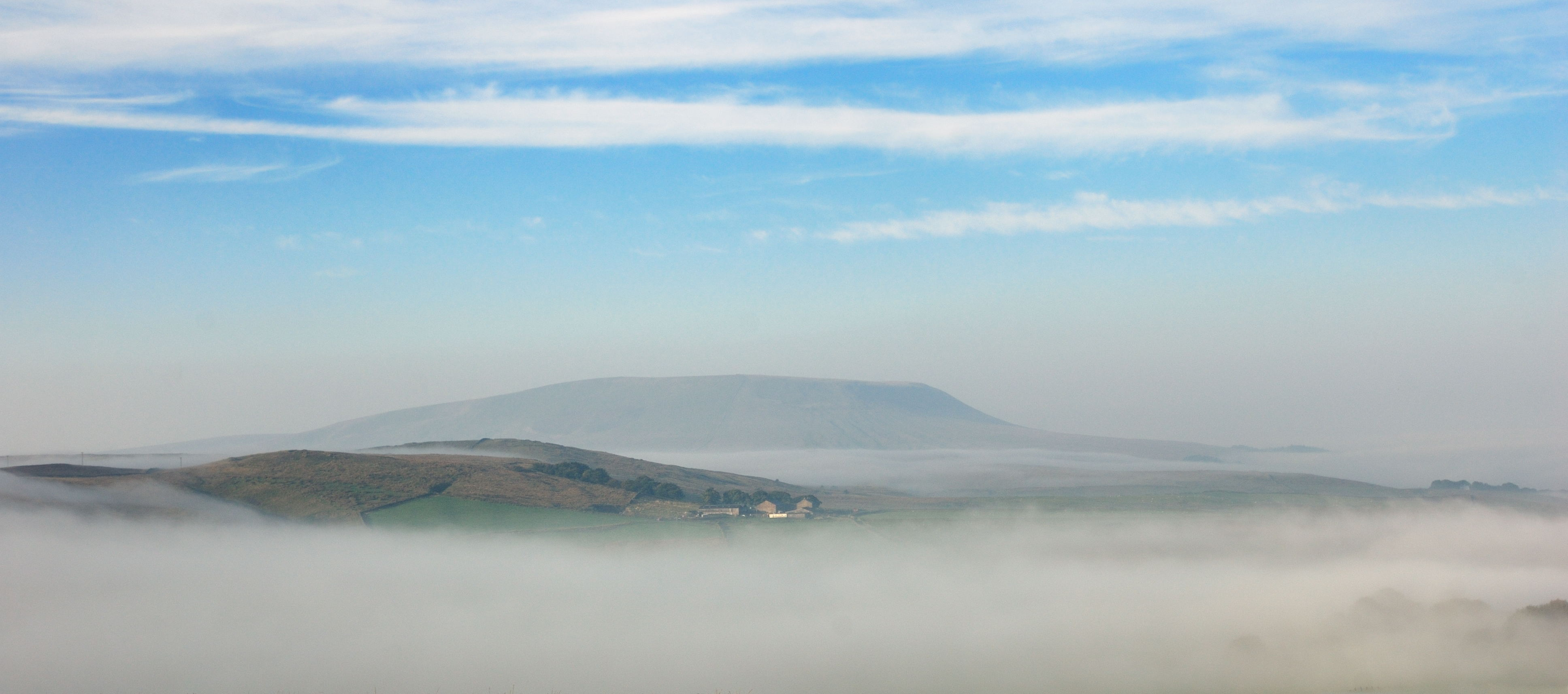 171/365 Pendle above the mist