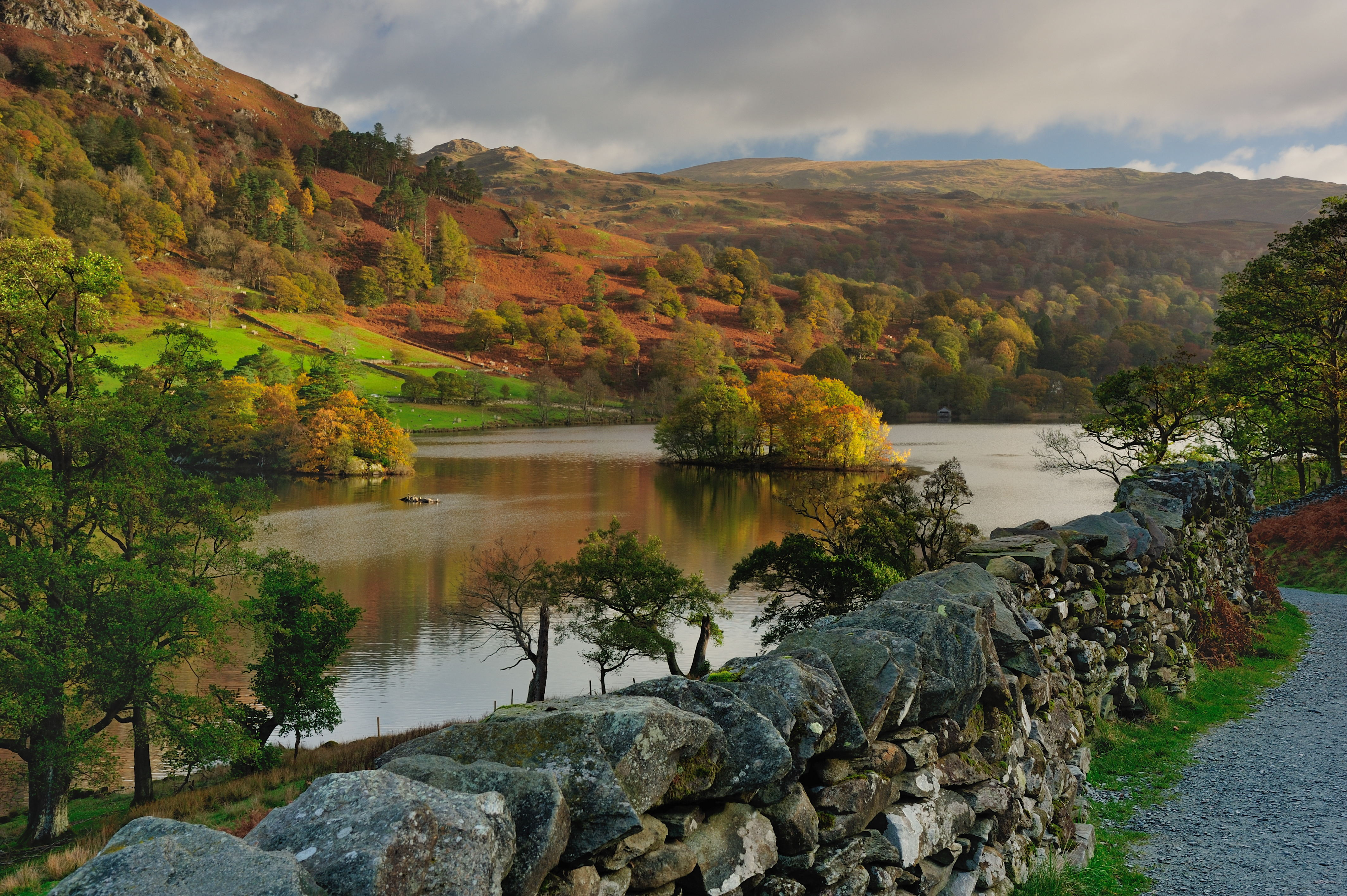 Autumn light on Rydal Water