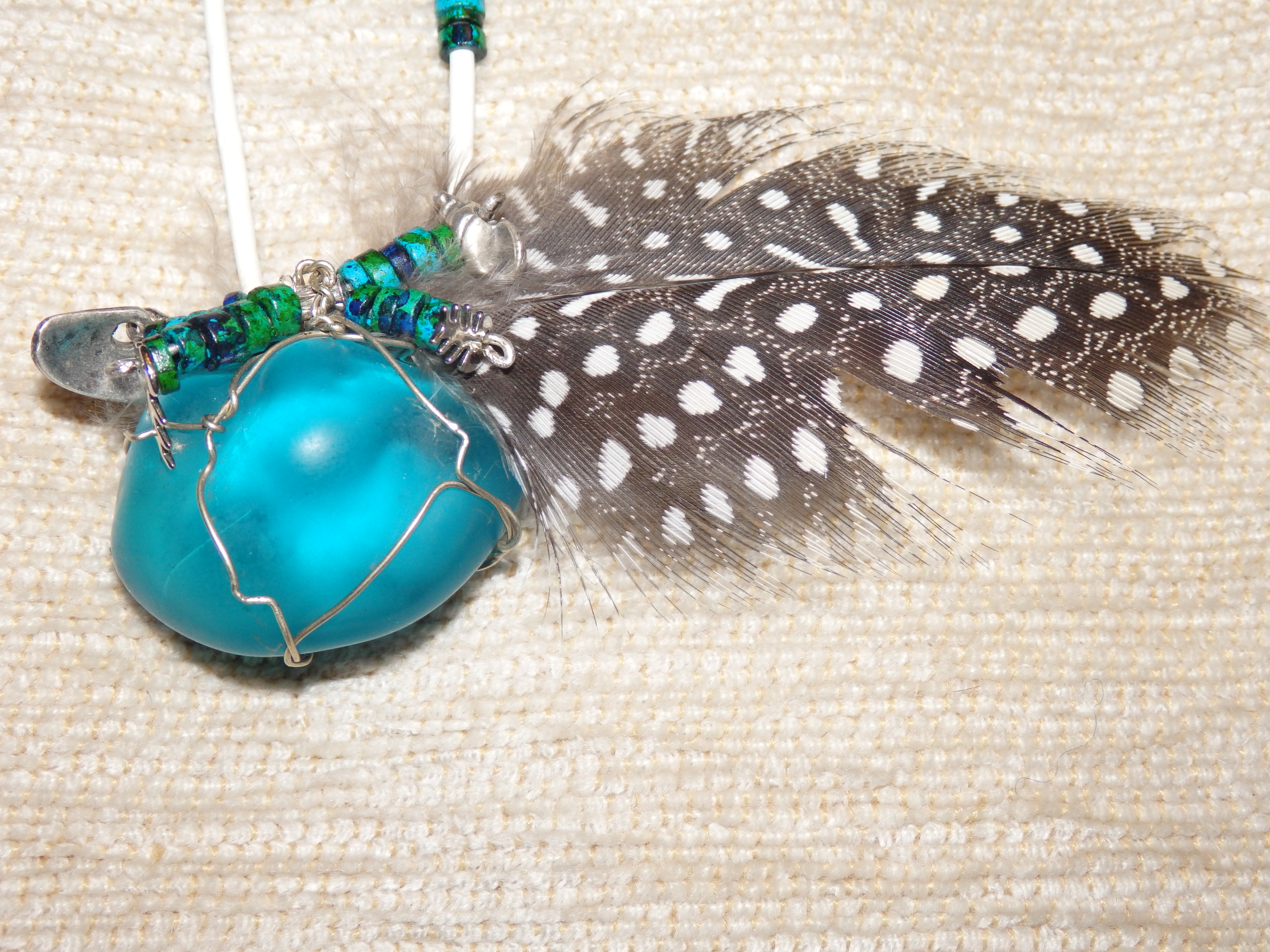 Semi-precious stone jewel