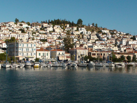 Sailing into Poros: like a fairy tale