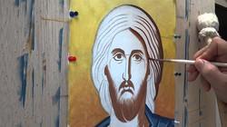 Working on Christ's head