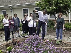 10_05_19_JohnPaul_II_Garden3.jpg