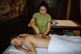 Tajski Masaż z olejkami