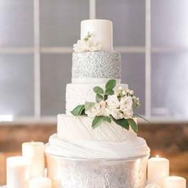 photoshoot cake.jpg