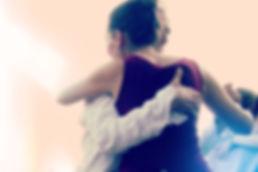 Tangokolumne Spiel mit Berührun von Lea Martin