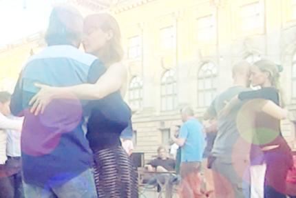 Tango-Kolumne Solange wir tanzen von Lea Martin