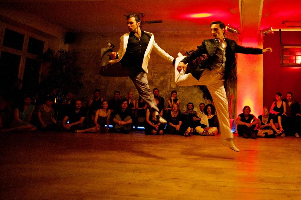 Tango-Auftritt im Nou Mitte in Berlin. Beitrag im Tangoblog von tango-argentino-online.com