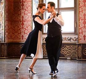 Tangomode und Tangoschuhe bei Maison de la Danse, Berlin