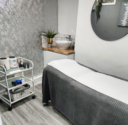 Salon treatment room 1