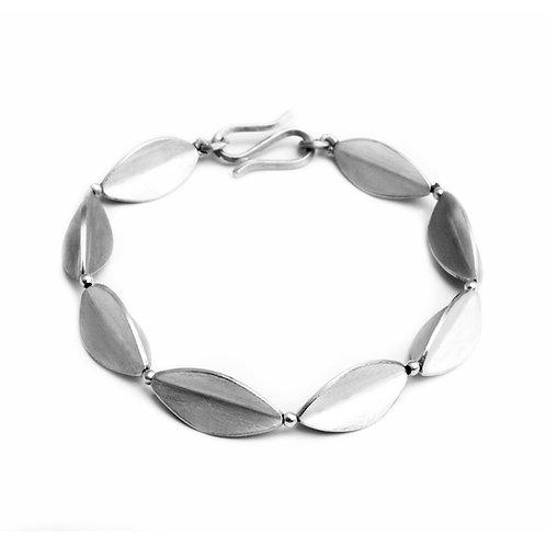 Acorn Bracelet inverted
