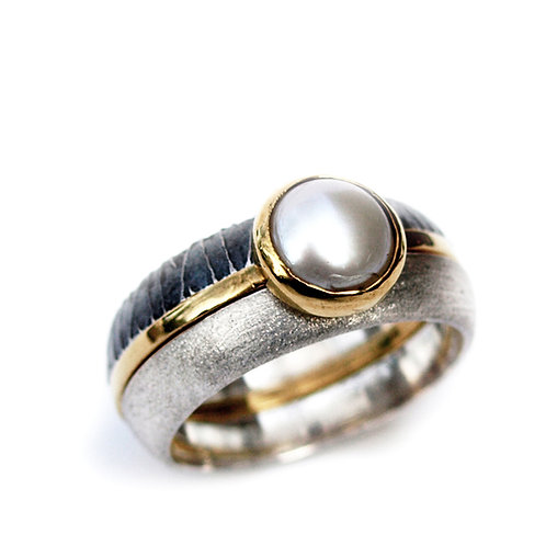 Set of 3 Rings with Pearl