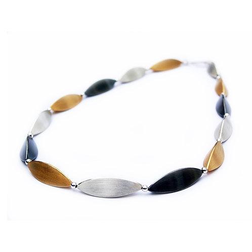 Acorn necklace tricolor