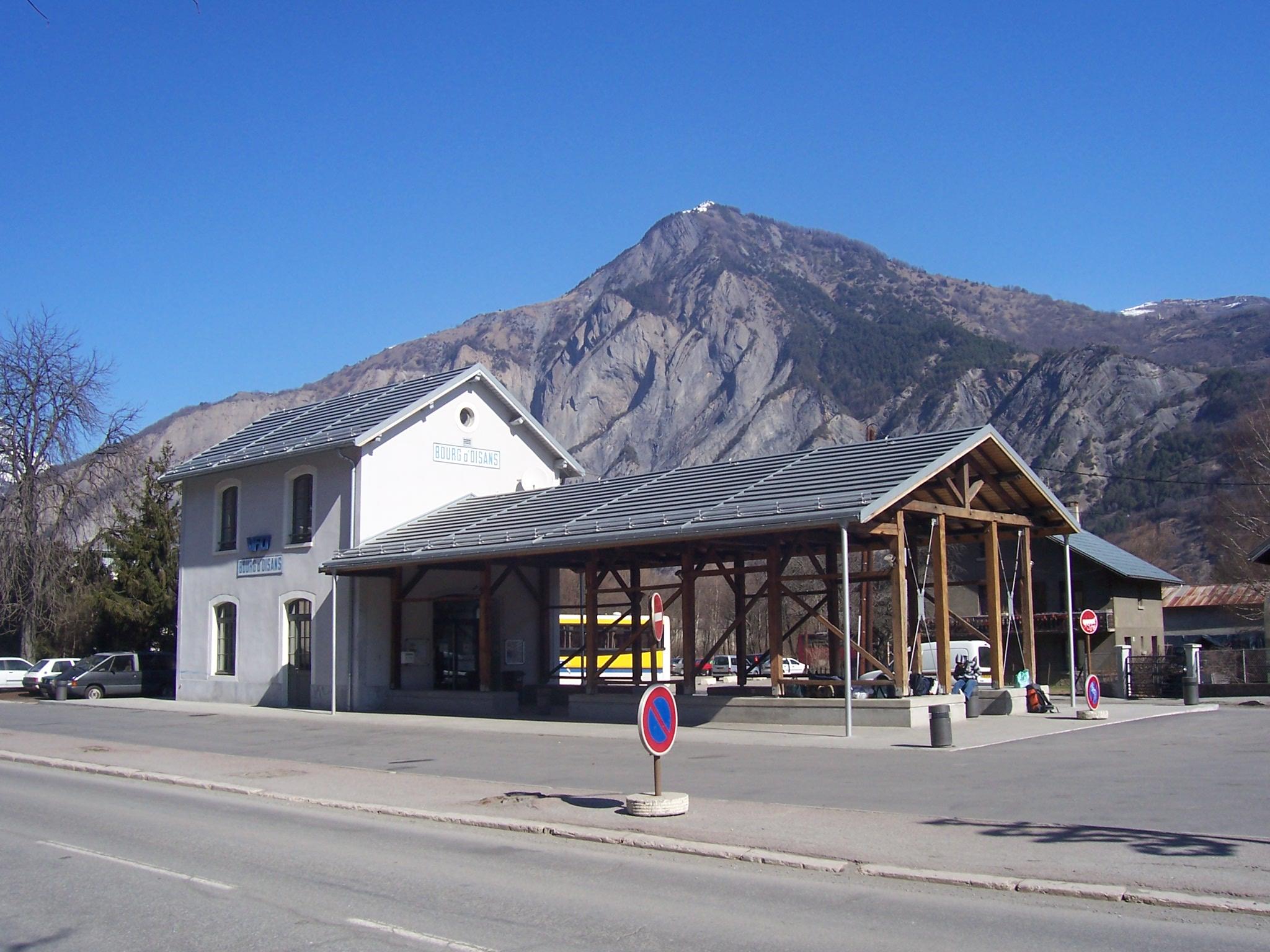 gare bourg doisans