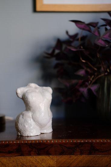 "Skulptur, vit ""Eva"" (glaserad)"