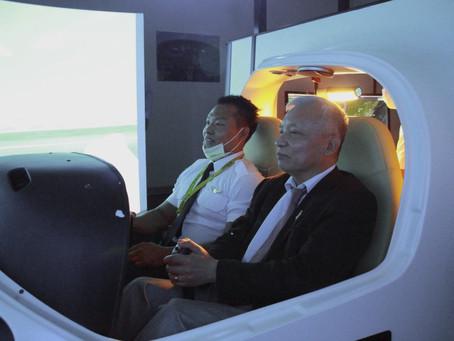 越南學員來臺學飛 大使赴安捷關心學員訓練近況