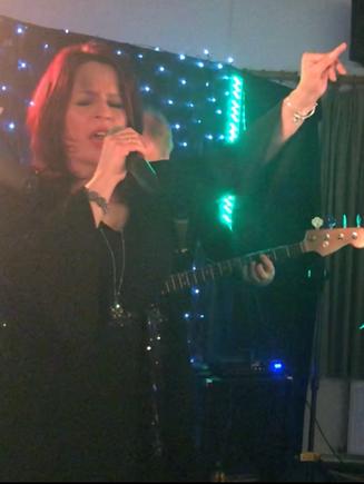 Sarah - Lead Vocals