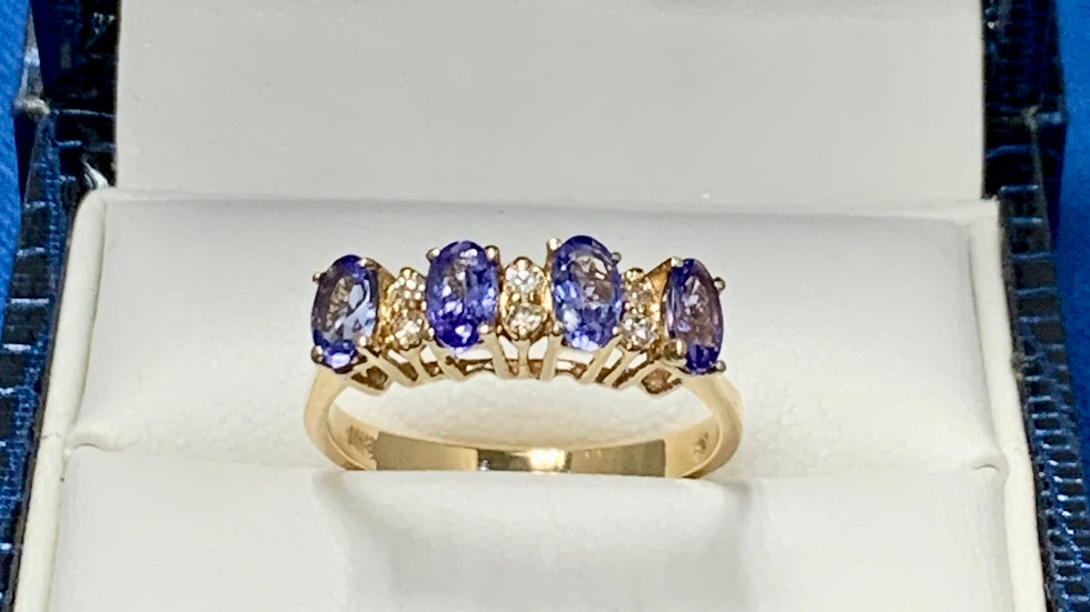 Yellow Gold Tanzanite & Diamond Ring