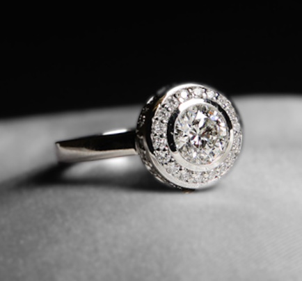 Custom-made Diamond Engagement Ring