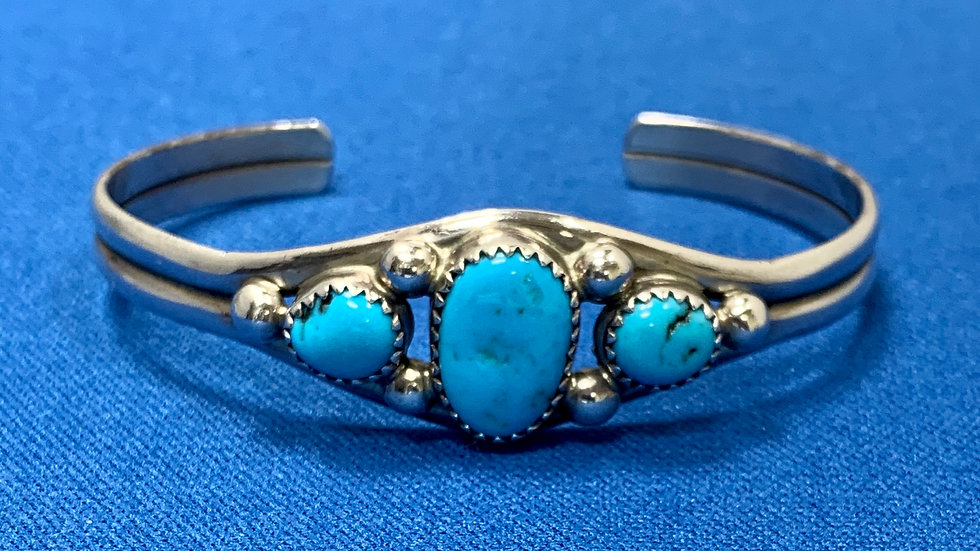 Navajo Indian Sterling Silver Turquoise Bracelet