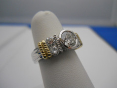 Platinum & Yellow Gold Diamond Engagement Ring