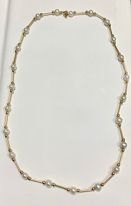 Yellow Gold Pearl Necklace