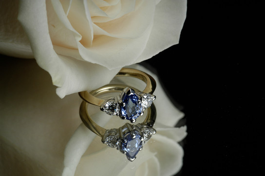 Yellow Gold & Platinum Tanzanite & Diamond Ring