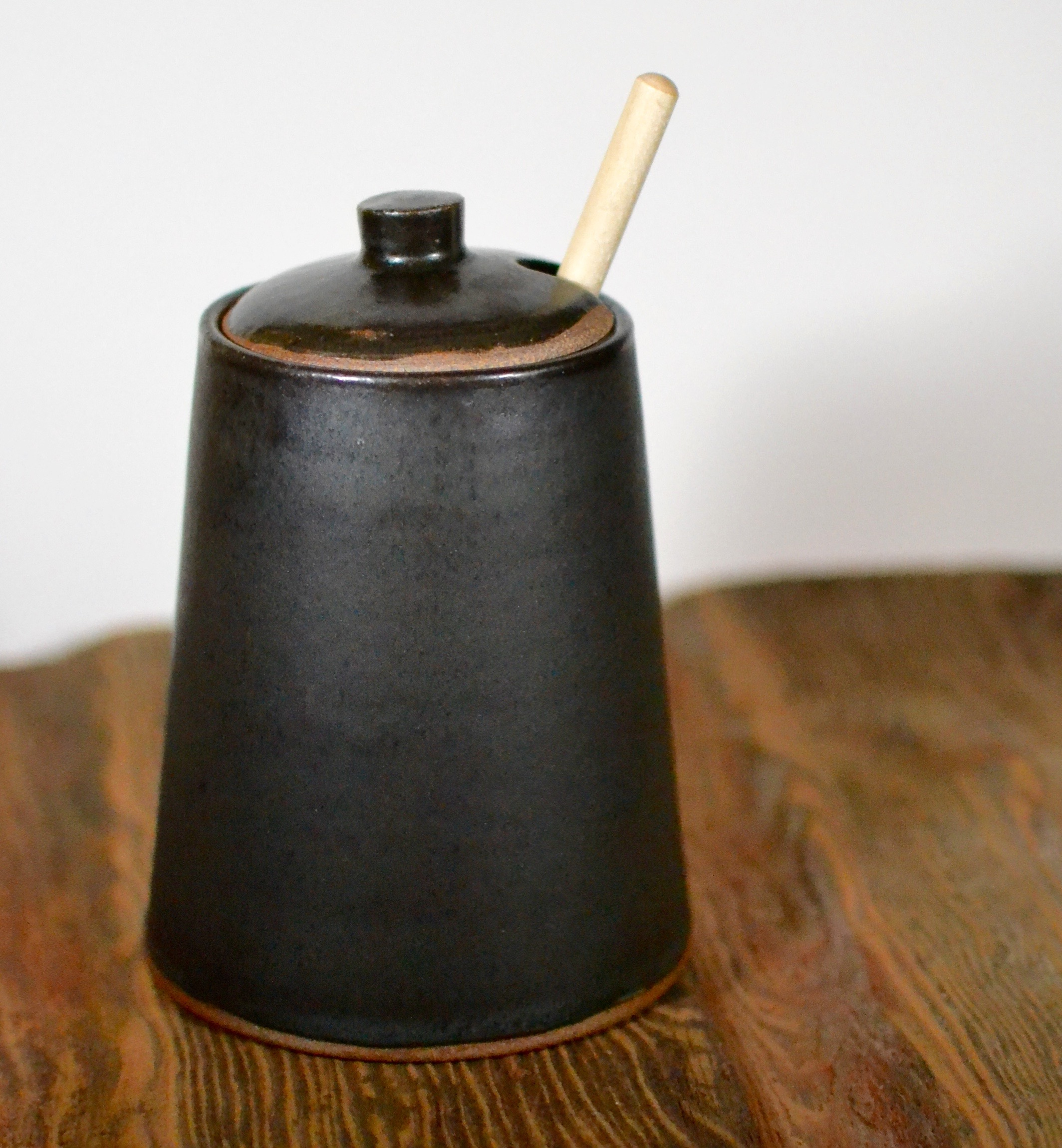 Matte Black Honey Pot