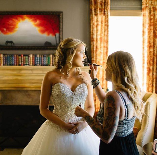 #ThrowbackThursday ✨To this magical #backyardwedding in Westlake Village, CA! 👰🏼☀️💕 We had so muc